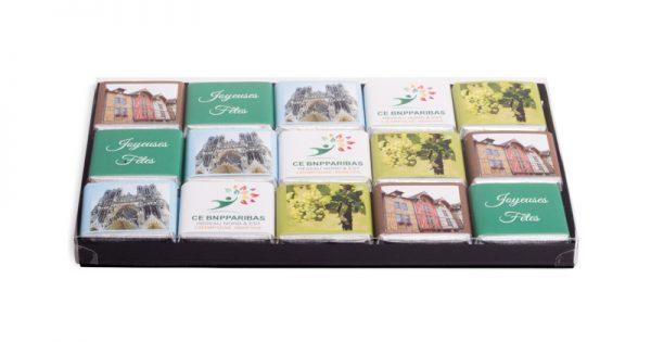 Boite de 30 chocolats personnalisés sans fourreau