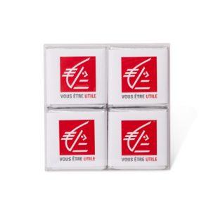 Boite transparente de 4 chocolats personnalisés d'entreprise