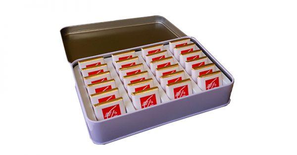 boite métal personnalisable avec 24 chocolats personnalisés